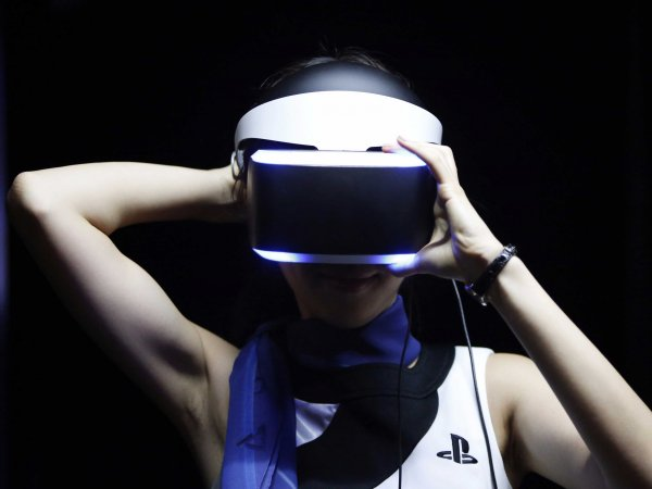 ����� 100 ��� ��� ��������������� ��� PlayStation VR