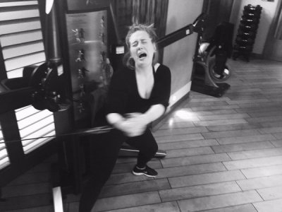 Адель не сдержала слез в тренажерном зале