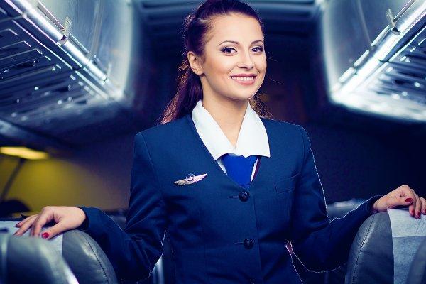Стюардессы рассказали, что они думают, приветствуя пассажиров на борту
