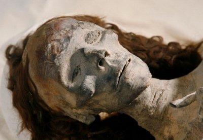 В одной из квартир Петровска обнаружен мумифицированный труп пенсионерки