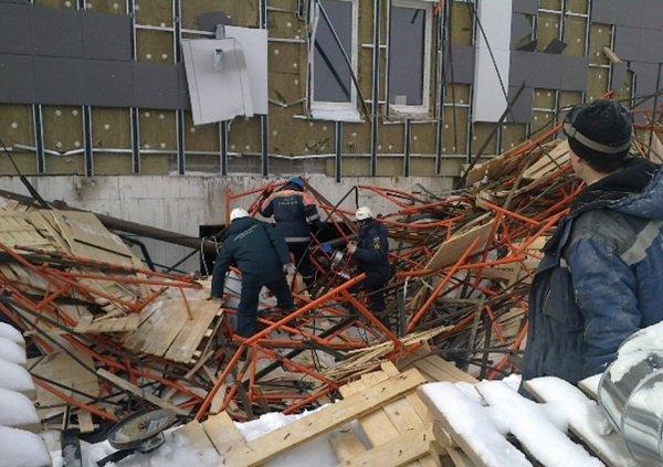 В центре Москвы при обрушении перекрытия в ремонтируемом здании пострадал один человек