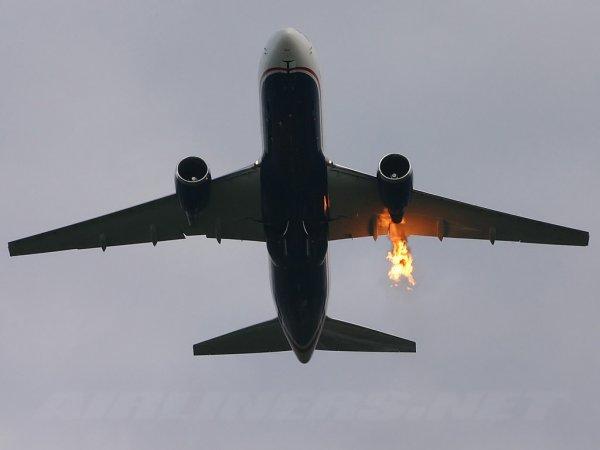 Мать командира экипажа «горящего боинга» заявила, что не считает своего сына героем