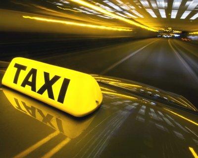 Разрешение на таксомоторную деятельность получат 10 тысяч водителей