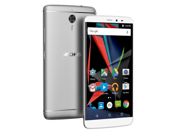 Archos ������������ �������� Diamond 2 Plus � 4 �� RAM