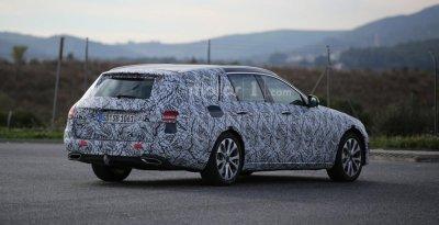 В Сети появились «до премьерные» снимки нового универсала Mercedes E-Class