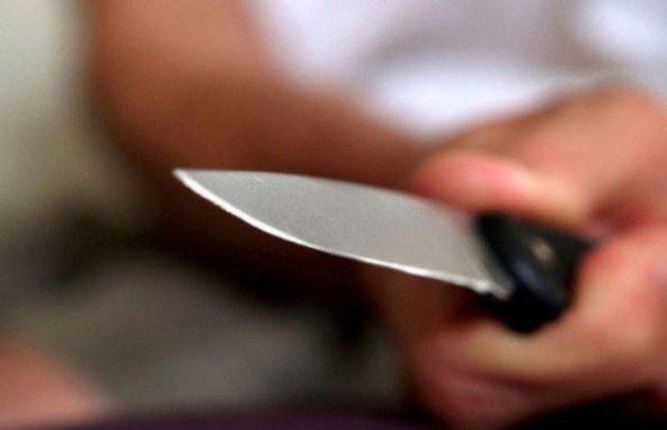 В Оренбургской области сын угрожал матери ножом