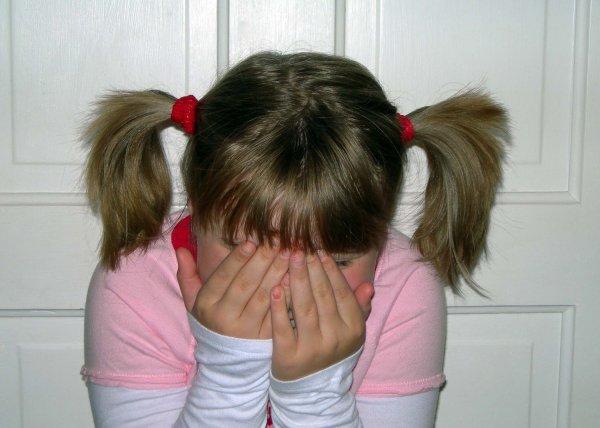 В Завитинске педофил изнасиловал девочку, пока та спала.