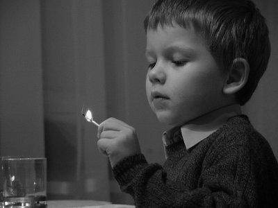 В Башкирии ребенок устроил пожар в квартире, но сумел спасти из нее своих младших братьев