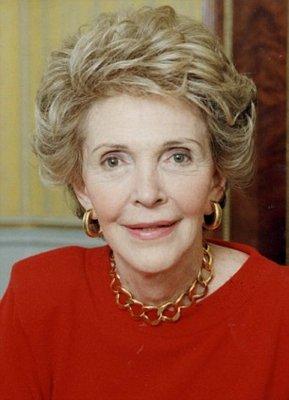 Скончалась вдова бывшего президента США Нэнси Рейган