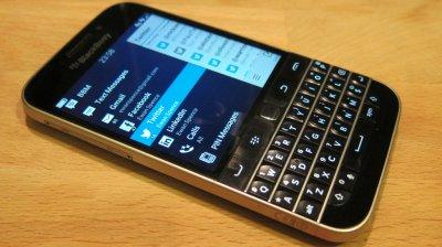BlackBerry создаст альтернативу сервиса WhatsApp