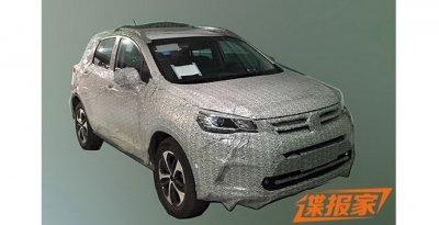 Компания Dongfeng готовит новый кроссовер AX5