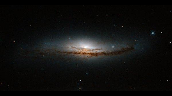 Ученые США обвинили темные галактики в пропаже спутников