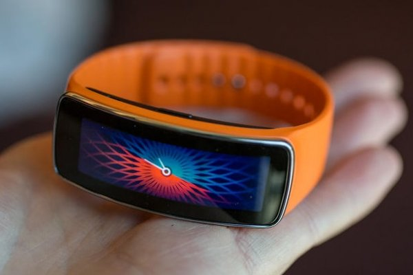 Гаджеты Samsung получат российские сенсоры для анализа здоровья