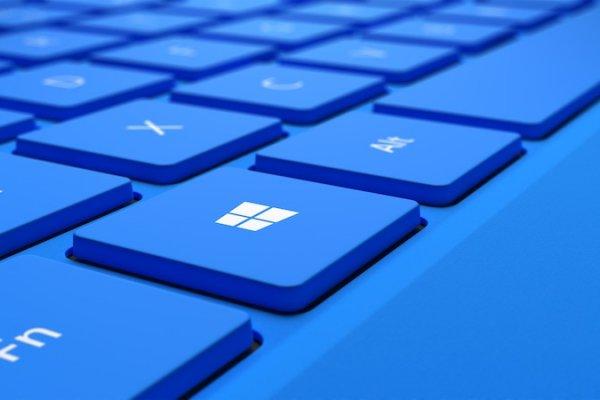 Microsoft втайне от пользователей обновляет компьютеры до Windows 10