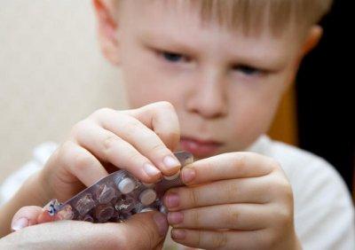 Ученые доказали низкую эффективность антибиотиков для лечения детей