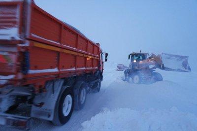 В Акмолинской области из снежных заносов эвакуированы более 100 человек