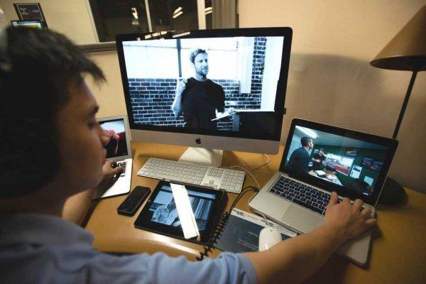 Пользователи отказываются от скачивания в пользу онлайн-просмотра