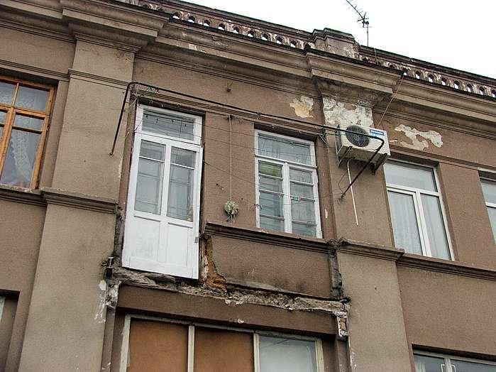 Балкон в индивидуальном жилом доме..