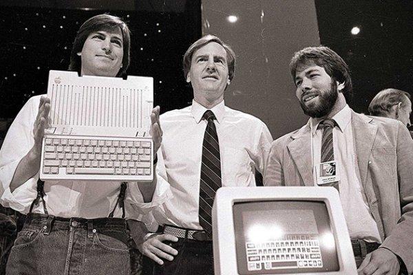 Сегодня Apple отмечает 40-летие со дня основания компании
