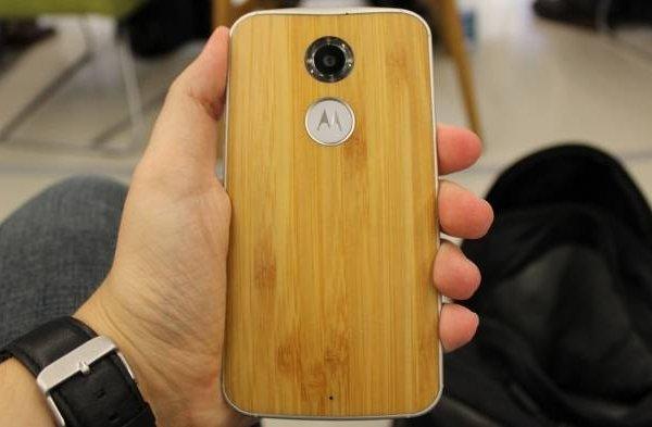 На фото засветился новый смартфон Moto X