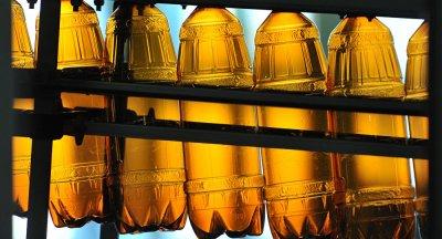 В России запретят продажу пива в пластиковых бутылках
