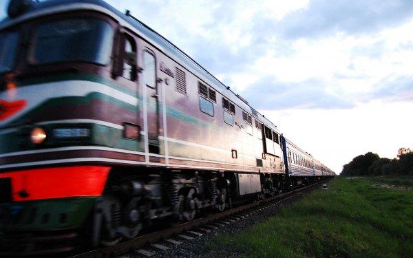 СМИ: Проводник сбросил напарника с поезда под Кировом из-за намеков на секс