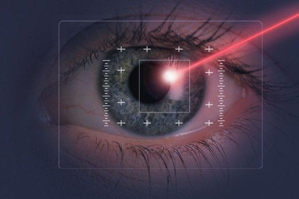 Ученые из МГУ создали лазер для лечения глаз