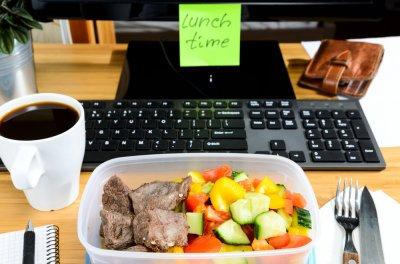 Еда через агрегатор: вкусные блюда в любое время суток