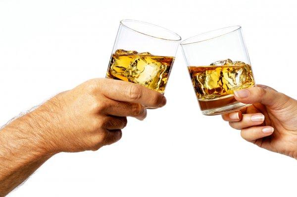 Ученые: Люди не способны отличить виски от бурбона