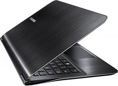 В России появился самый тонкий в мире ноутбук