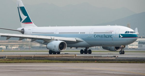 ������ ������������ Cathay Pacific �������� ���������� ������� � �����