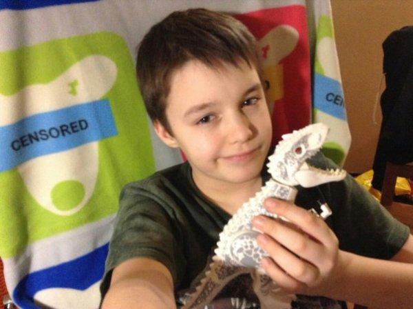 Звезда ВКонтакте Степан Савельев хочет снимать видеоролики с динозаврами