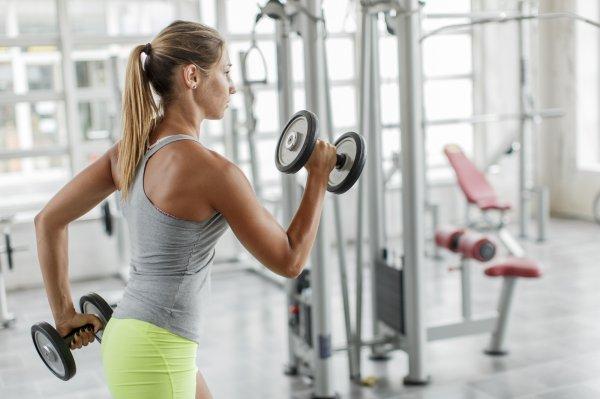 Фитнес-тренер: Женщины должны тренироваться наравне с мужчинами
