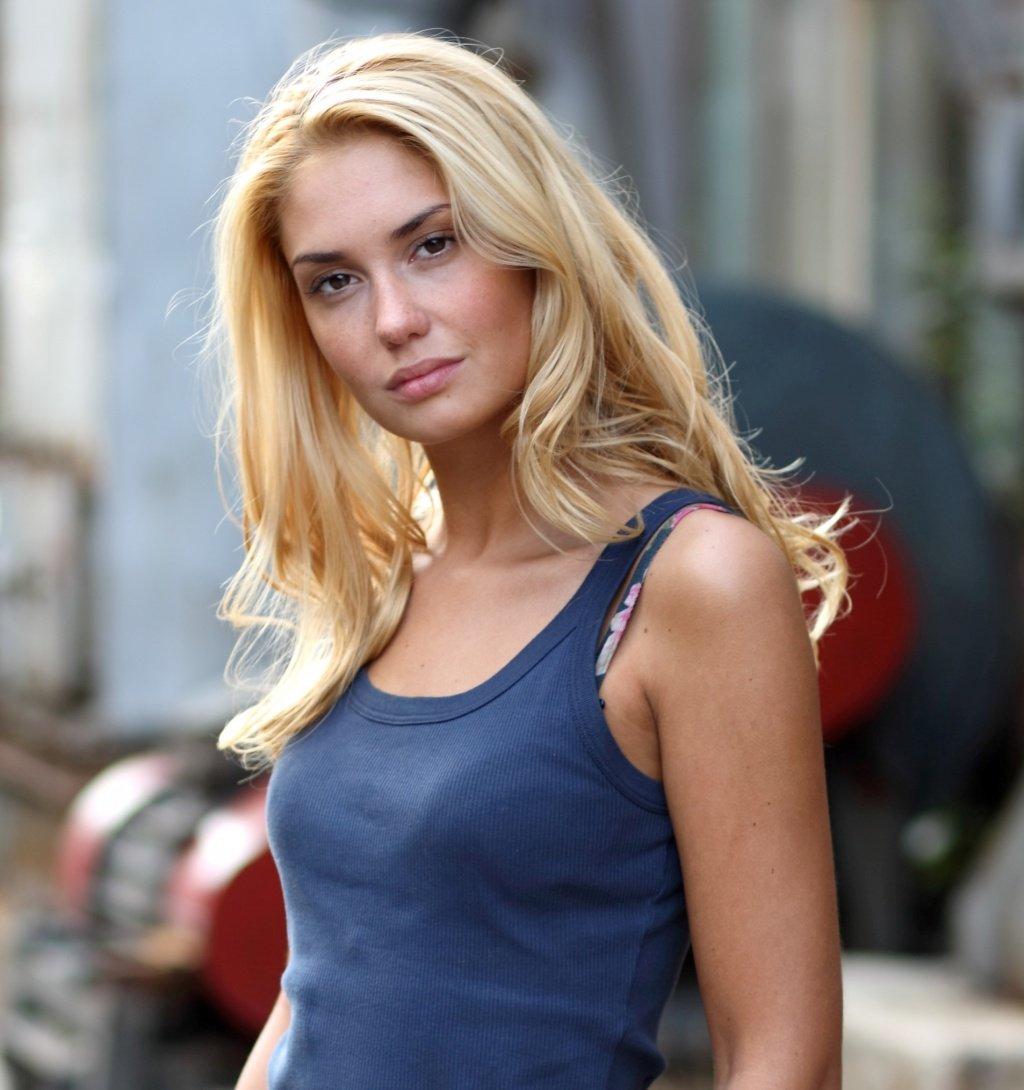 Смотреть российские порно актрисы 11 фотография