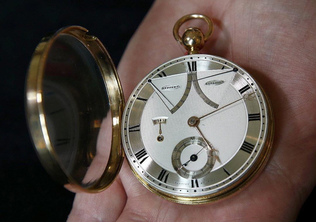 af8bb7394a3327 В Швейцарии продали часы основателя первого новостного агентства : В ...