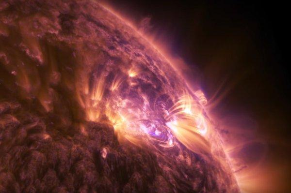 NASA показало солнечную вспышку на видеозаписи высокой четкости