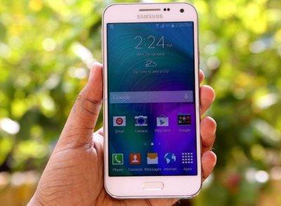 В сети появились характеристики нового Samsung Galaxy J2