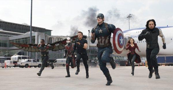 Фильм «Первый мститель: Противостояние» стал лидером проката в США