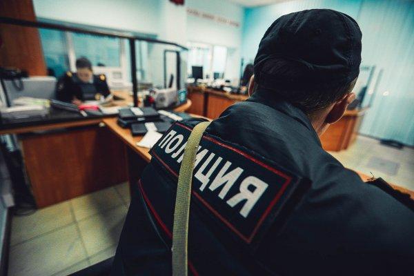В Москве камеры засняли момент обнаружения изрезанной восьмиклассницы