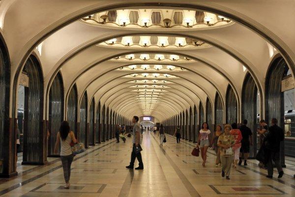 Московская мэрия планирует подключить к интернету температурные датчики в метро