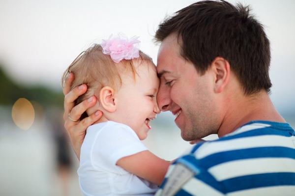 Ученые: Образ жизни отца и его возраст влияет на здоровье детей
