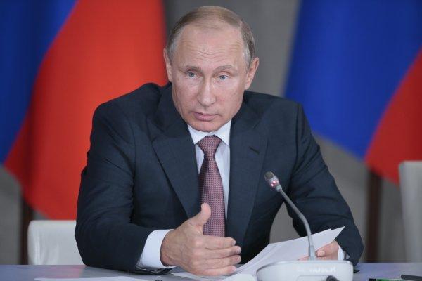 Путин предложил создать жилищный фонд для решения проблем обманутых дольщиков