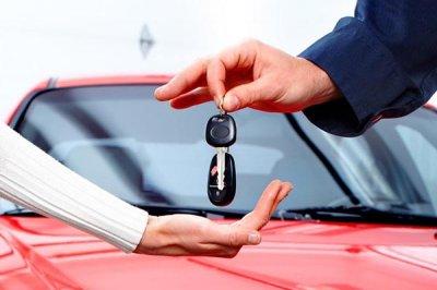 В чем преимущества покупки авто через автодилера?