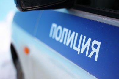 В Воронеже неизвестный убил мужчину и женщину и ранил ребенка