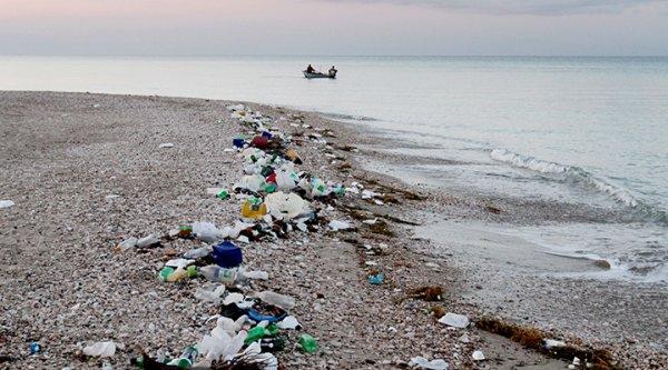 ООН: Изделия из пластмассы угрожают здоровью человека