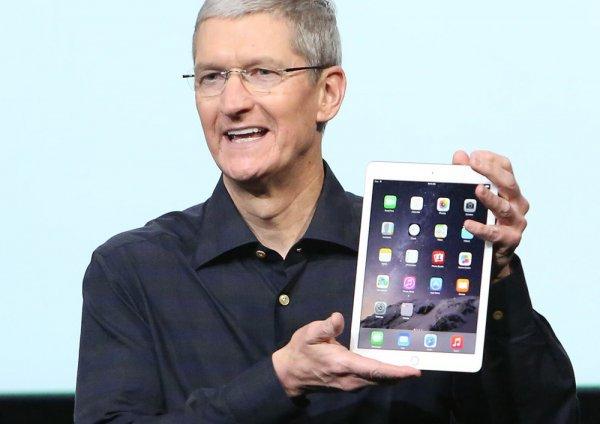 Глава Apple анонсировал снижение цен на iPhone