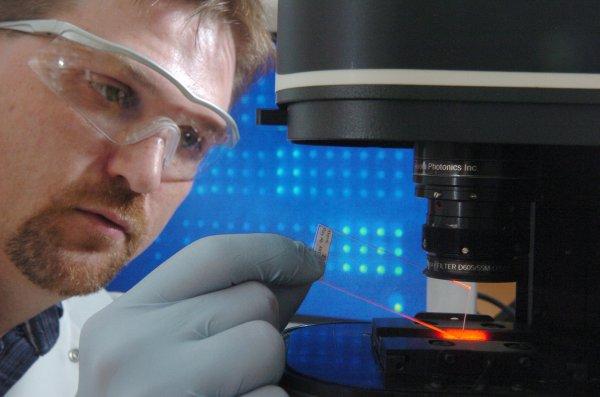 Российские ученые создали биочипы для диагностики рака кишечника