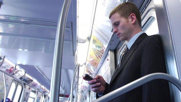МТС запустит в 2017 году 3G-сеть во всех вагонах московского метро