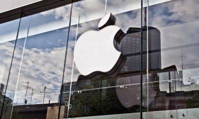 Apple может купить Time Warner