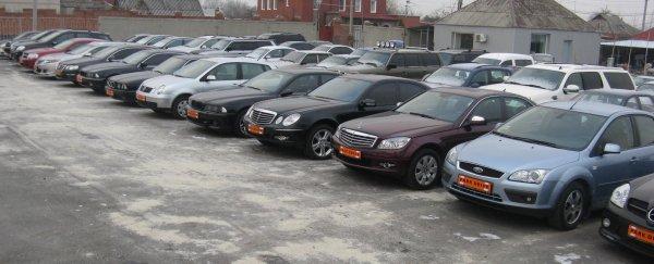 Средняя цена подержанного автомобиля на рынке Санкт-Петербурга увеличилась на 0,5%